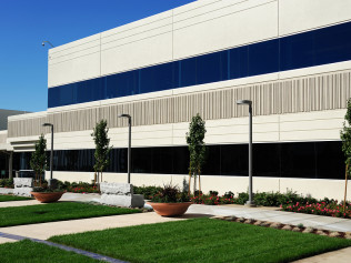 commercial landscaping duluth mn